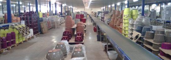 poterie en terre cuite ou céramique