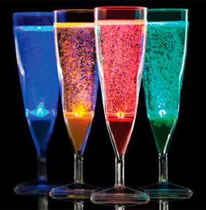 Verres et vaisselle cocktail lumineux ambiance festive nozarrivages - Seaux a champagne lumineux ...