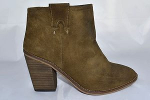 low boots camel
