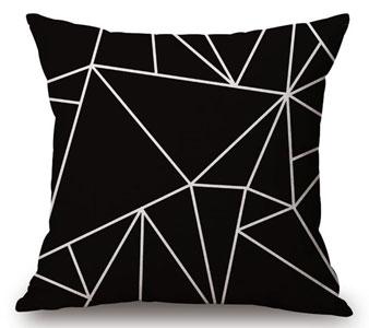 13 coussin noir blanc graphique   Nozarrivages
