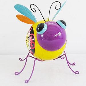 abeille décoration de jardin