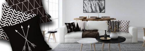 coussins noirs et blancs