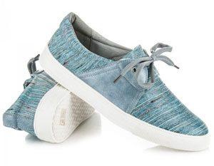 chaussure lacet bleu