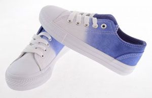 chaussure tye and dye blanche bleue